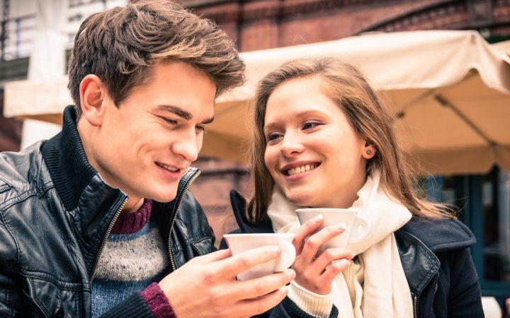 20 idées de rendez-vous amusants et romantiques pour les plus de 50 ans